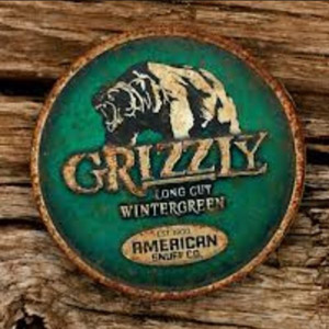 Grizzly Wintergreen smokeless tobacco can